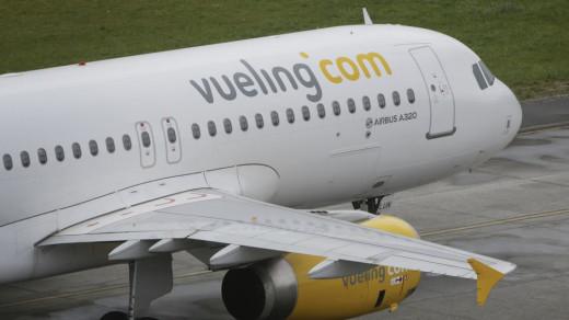 La compañía aérea Vueling continúa acumulando cancelaciones de sus vuelos entre Barcelona y Menorca