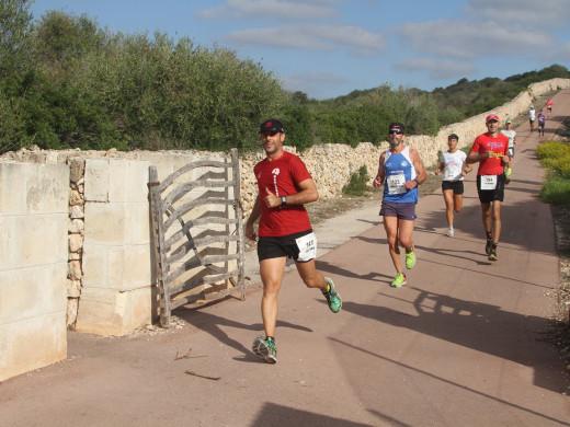 (Galería de fotos) Joan Moreno y Maria Pallicer conquistan la Cursa de Fons de Sant Lluís