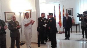 Se entregaron dos Cruces al mérito policial con distintivo blanco a Manuel Folla y Agustín Díaz.