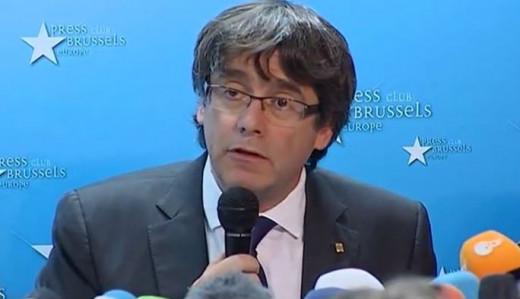 Puigdemont, en la rueda de prensa en Bélgica.