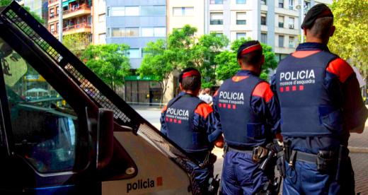 Mossos d'Esquadra en Barcelona.