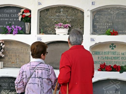 (Fotos) Menorca honra a sus muertos