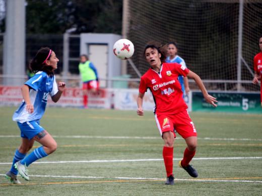(Fotos) El Sporting resiste y suma un punto en el derby