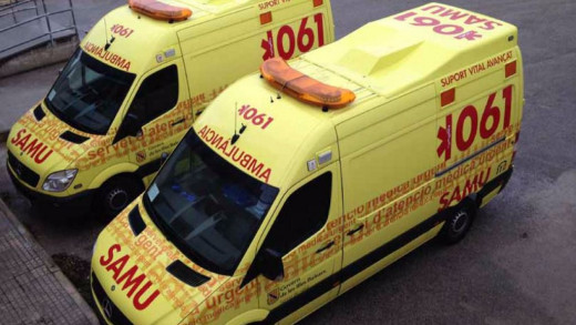 Varias ambulancias acudieron al lugar del suceso.