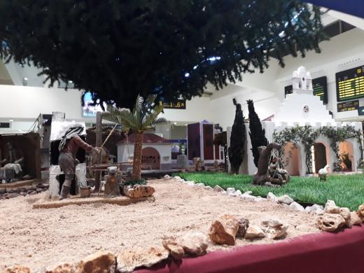 (Fotos) El aeropuerto de Menorca recupera su espectacular belén