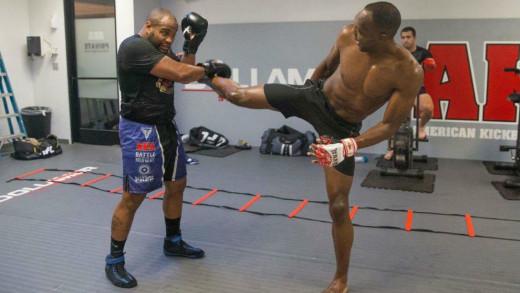 Frank Muñoz, entrenando con Daniel Cormier.