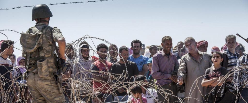 Refugiados sirios en la frontera.