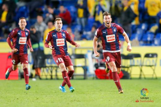 Sergi Enrich celebra el gol de la victoria (Foto: laliga.es)