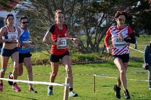 Maria Pallicer liderando la carrera.