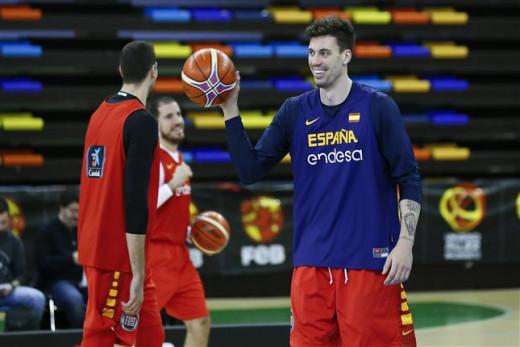 Álex Suárez, durante el entrenamiento de ayer con España (Foto: FEB)