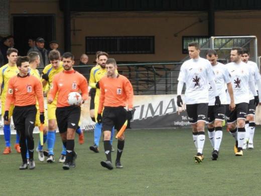 (Fotos) El Mercadal arroja el partido en diez minutos