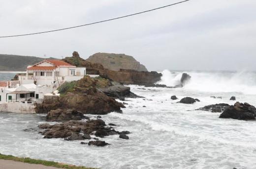 La tramontana azotará la costa de Menorca
