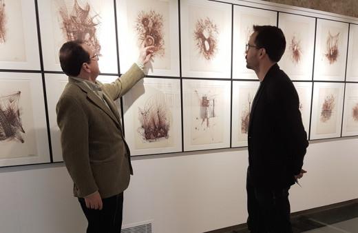 La muestra enseña la obra inédita del pionero de lo abstracto en Menorca.