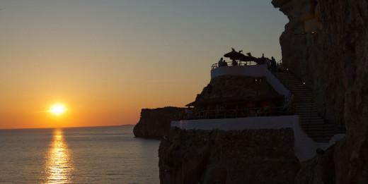 Atardecer en Sa Cova d'en Xoroi (Foto: Tolo Mercadal)
