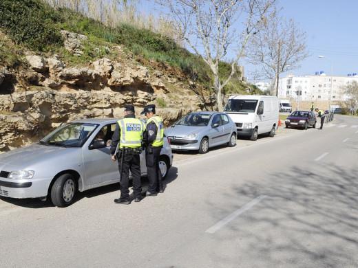 (Fotos) Macrocontrol policial en las carreteras de Menorca