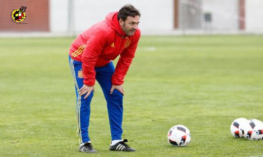 Santi Denia, con la selección.