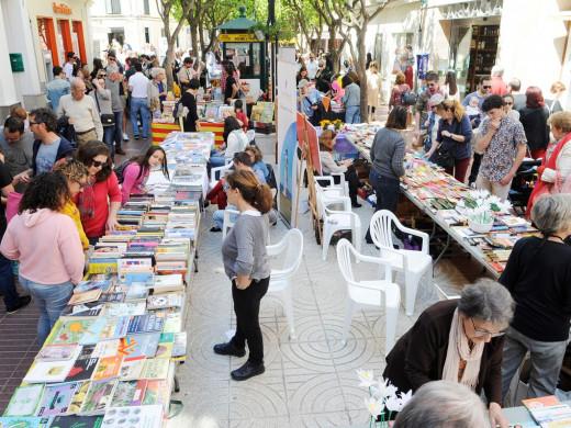 (Fotos) Pasión por la lectura en Menorca