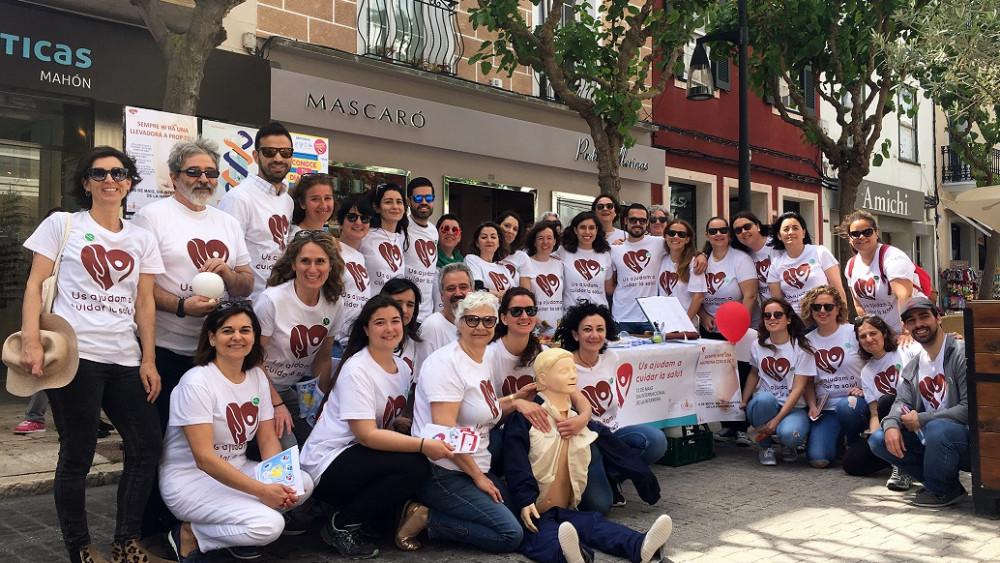 Foto de familia de los participantes en la jornada (Fotos: ASMEN y Tolo Mercadal)
