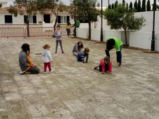(Fotos) Sant Lluís y el placer de jugar en la calle