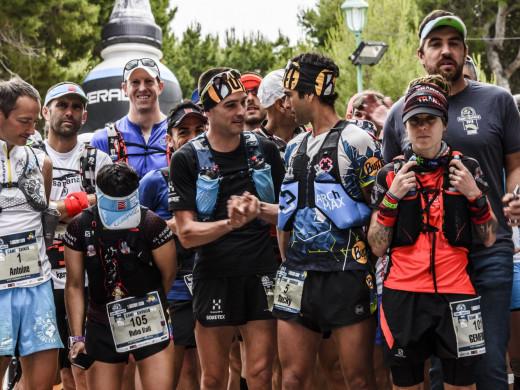232 valientes ya corren los 185 Km de la Trail Menorca Camí de Cavalls