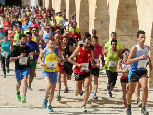 (Galería de fotos) A la carrera por la Fortaleza de La Mola