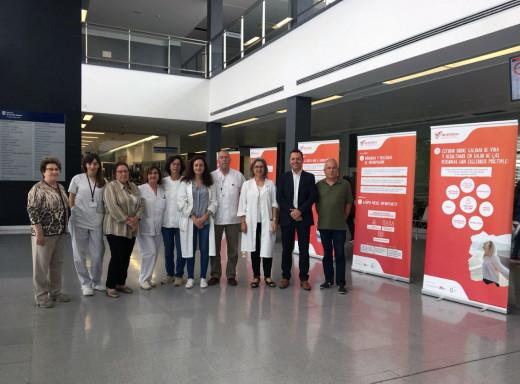 La exposición sobre la Esclerosis Múltiple permanecerá en el Mateu Orfila una semana.