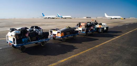 Trabajadores en el aeropuerto.