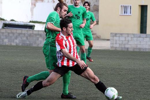 Elliot, en el partido ante el Esporles (Foto: deportesmenorca.com)