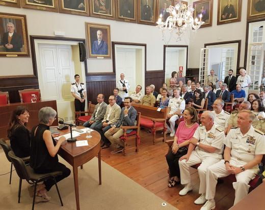 """La firma del convenio se efectuó durante la presentación del libro """"Farragut y Menorca. El legado español en la US Navy""""."""