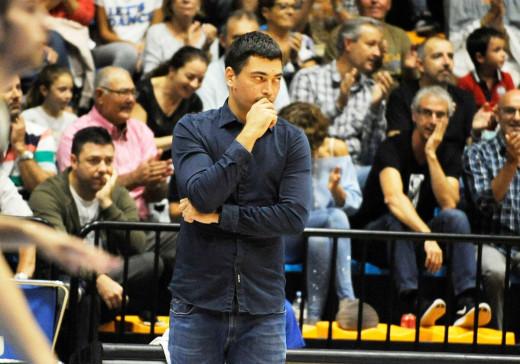 Oriol Pagès, durante el partido ante el Arenys (Foto: Tolo Mercadal)