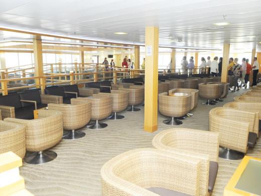 (Fotos) Más pasaje y velocidad para los enlaces con Barcelona por mar