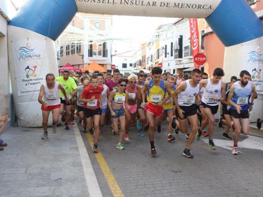 (Galería de fotos) Maria Pallicer y Sergi Reurer, los más rápidos en Es Mercadal