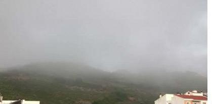 Imagen de Ferreries cubierta de niebla (Foto: @Meteo_Menorca)