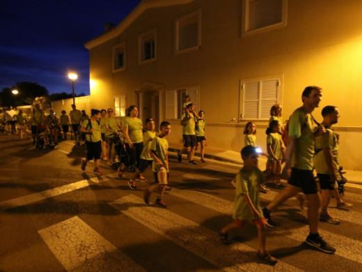 (Fotos) Corriendo bajo una luna llena y roja