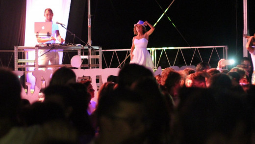 DJ Kike Sastre, en la fiesta del año pasado (Foto: Jaume Fiol)