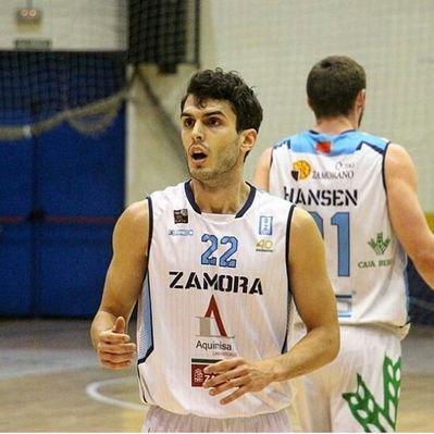 Hernández, con la camiseta del Zamora.