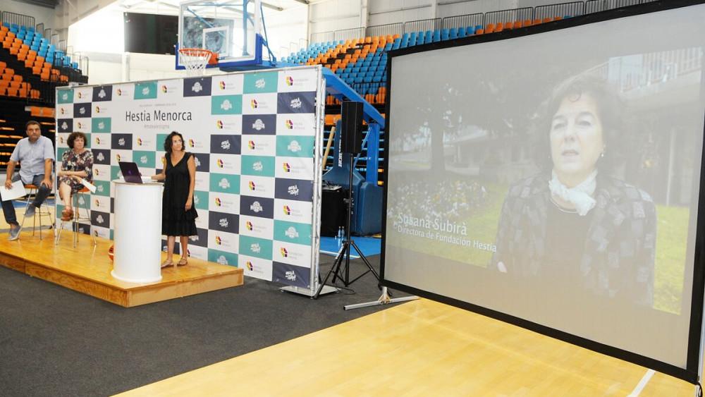 Momento de la presentación del sponsor principal del club (Fotos: Tolo Mercadal)