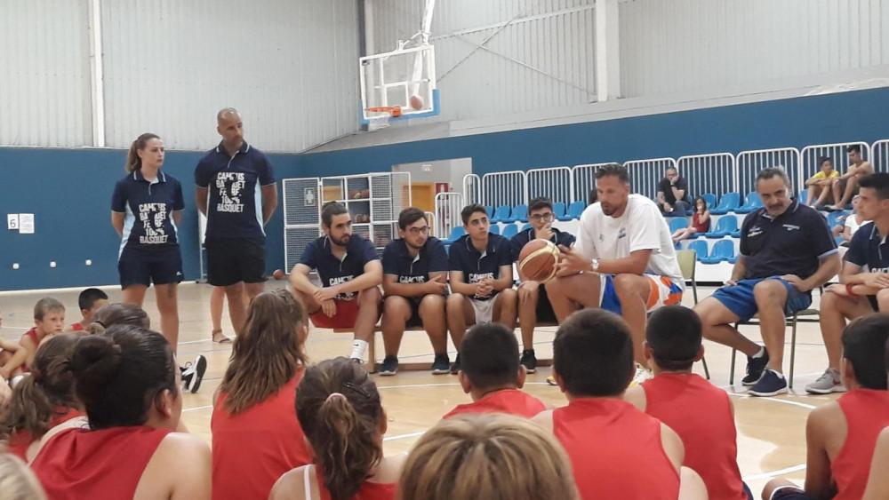 Stojic, en un momento de la charla con los participantes en el campus (Fotos: CB Ferreries)