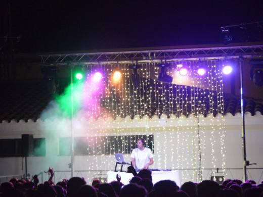 (Galería de fotos) Así fue la White Party de Sant Lluís