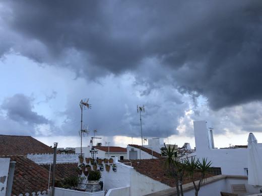 Imagen de las nubes en el Este de Menorca (Foto: Xavier Pons)