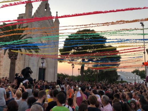 (Vídeo) Sant Gaietà ya se vive en Llucmaçanes