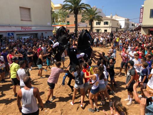 (Vídeo y fotos) Sant Climent, sudor y fiesta