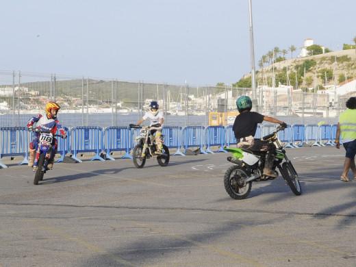 (Fotos) Espectáculo en el puerto