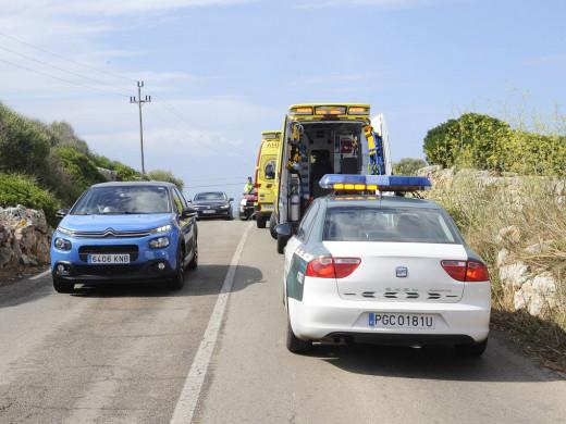Un accidente con dos heridos obliga a cortar la carretera de Binibeca