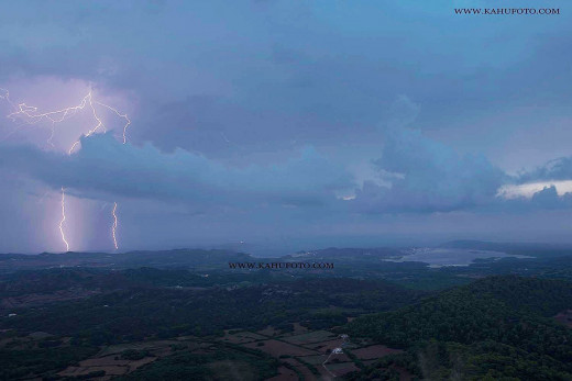 Espectacular imagen de la tormenta de ayer (Foto: Karlos Hurtado)