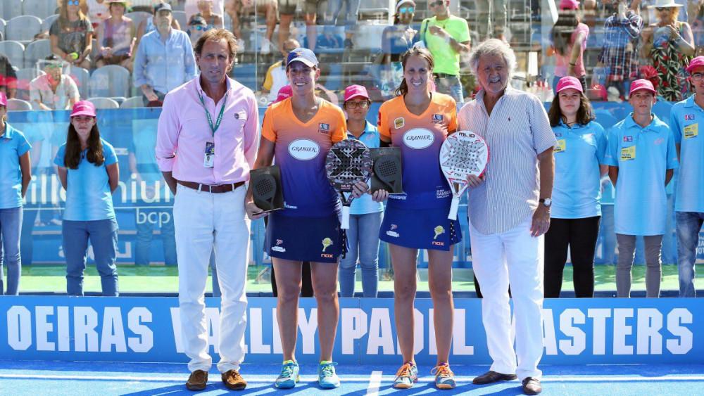 Triay y Sainz, con el trofeo del subcampeonato.