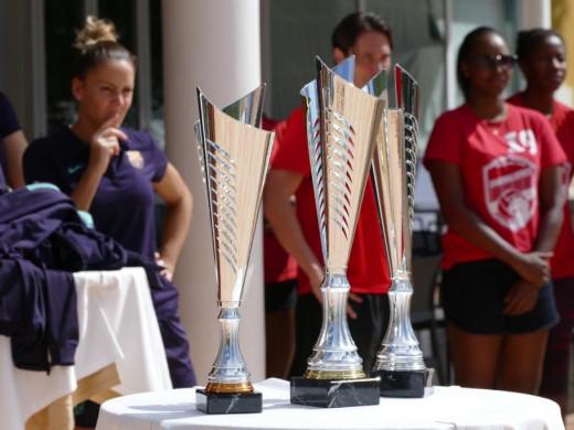 (Fotos) El mejor voleibol se cita en Ciutadella
