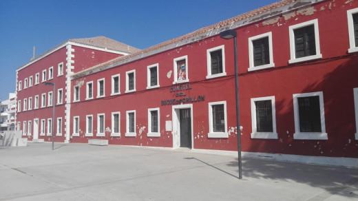 El tiempo también pasa para los antiguos cuarteles de Es Castell
