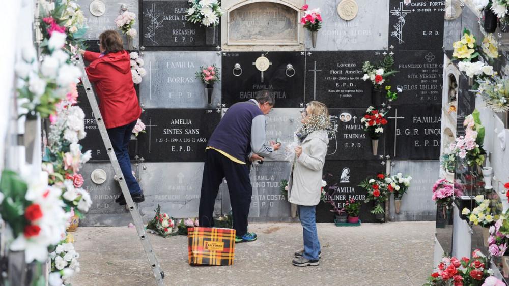 Imagen del cementerio de Maó de esta mañana (Fotos: Tolo Mercadal)