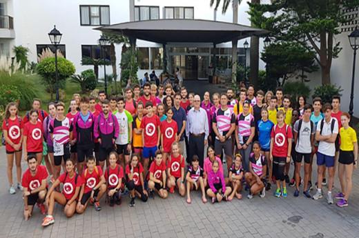 Foto de familia de los participantes (Foto: Lô Esport)